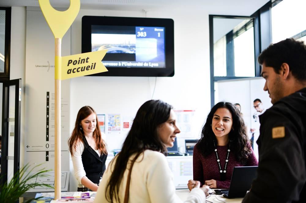 Alliance Française de Lyon, cours de français à Lyon, apprendre le français, Students Welcome Desk, Lyon, étudiants internationaux